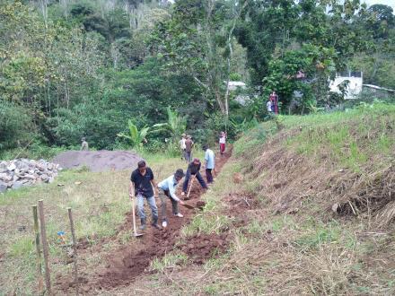 Lama Ku Nanti, Lapangan Desa Mulai Digarap