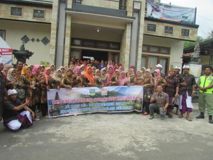 TP PKK se-Kabupaten Solok Selatan Study Banding di Desa Sepang