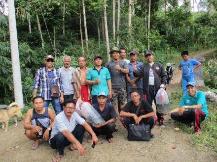 Tindakan Nyata, Komunitas Semeton Melesung Tebar 35 Ribu Benih Ikan dan Calon Indukan