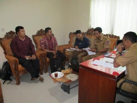 Dinas PMD dan MBM Monitoring Sistem Informasi Desa di Desa Sepang