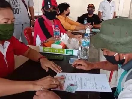 141 KPM di Desa Sepang Terima BLT-DD Tahap I, Perbekel dan Ketua BPD Kompak Apresiasi Kerja Tim